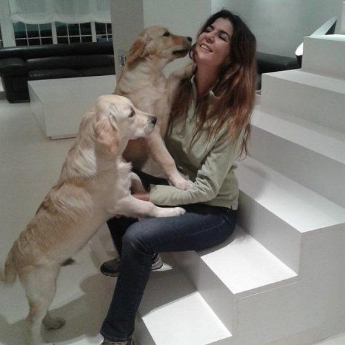 paula miranda aisa canes con modales